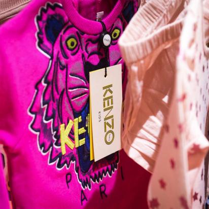 THE MINI EDIT: Using custom tissue paper to create a cohesive brand identity